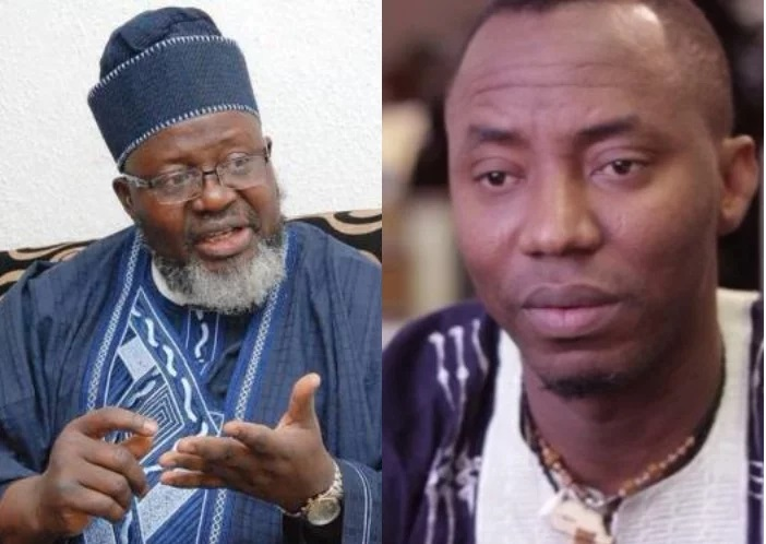 Watch Trending Video of Communications Minister Adebayo Shittu & Sahara Reporters' Sowore trading Words